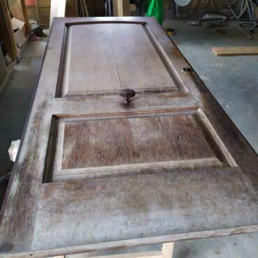 restauración-puerta-madera